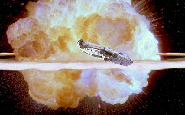 star-wars-le-reveil-de-la-force-photo-explosion-etoile-de-la-mort-947871